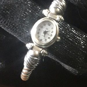 Jewelry - Ladies watch
